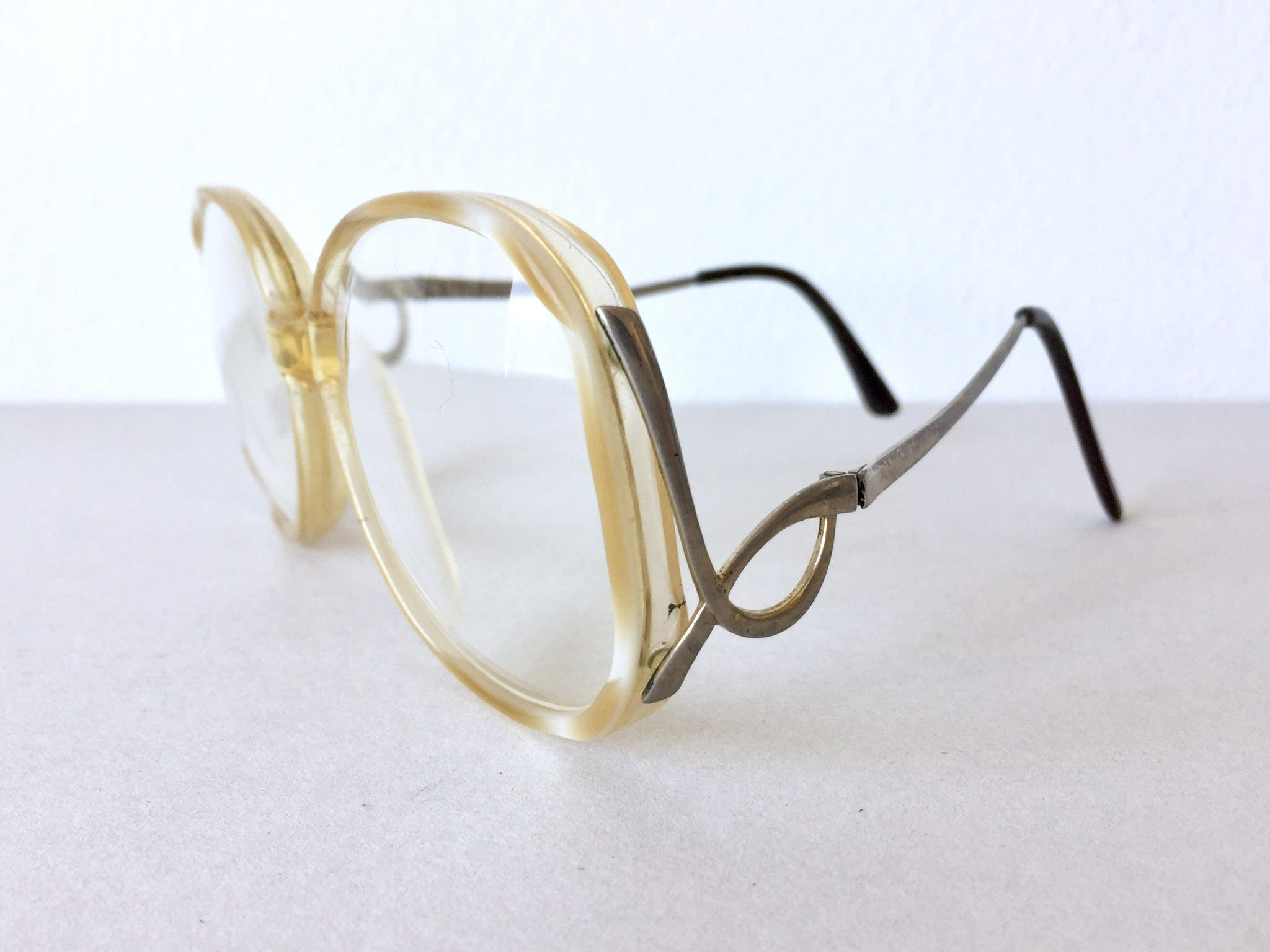 70\'s Oversized Eyeglass Frames - Large Two Toned Beige White Frame ...