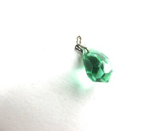 Emerald Green Drop Crystal Finding Pendant Art Deco Supply Assemblage Drop Vintage Czech Bohemian Faceted Bead