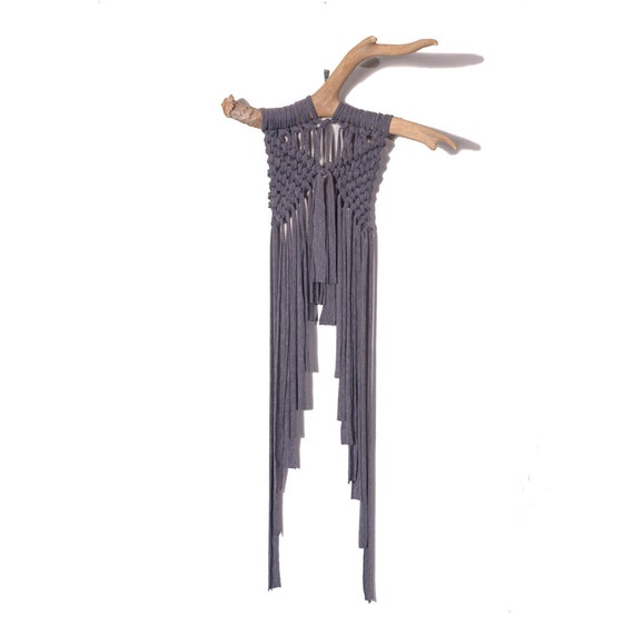 04 grey jersey knit macram wall hanging on shed deer antler. Black Bedroom Furniture Sets. Home Design Ideas