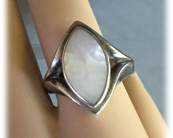 Vintage MOP Sterling Silver Ring, Large, Mother of Pearl, Marquis Cabochon Stone, Size 9.5