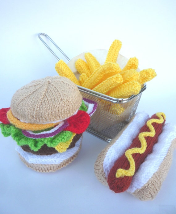 KNITTING PATTERN Hamburger and Hot Dog with Chips