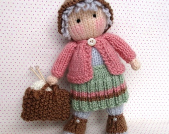 Granny Pearl loves knitting - PDF INSTANT DOWNLOAD - Doll knitting pattern