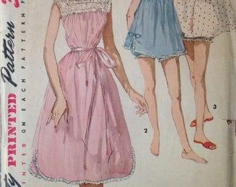 Vintage Lingerie Pattern 36 bust Simplicity 1553 Nightie Panties Nightgown Panty Bloomers