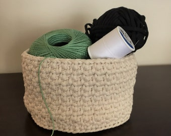 Crochet Basket Crochet Bowl Catchall in Ecru