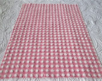 """Bright White and Pink Morgan Jones Pops and Gingham Vintage Chenille Bedspread Fabric 24""""x 18"""""""