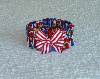 """Patriotic Ribbons Dog Scrunchie Collar - peppermint striped bow - Size M: 14"""" to 16"""" neck"""