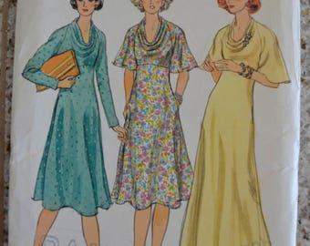 Vintage Vogue Patterns 9205 Misses Dress 1970's Size 12 UNCUT