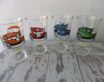 Vintage Hazel Atlas Antique Cars Glasses Tumblers Set of 4 Old Timers Old Autos Buick Oakland Stutz Hudson Chevrolet Ford Studebaker Maxwell