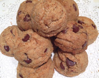 Buttercelli's World Famous Paleo Chocolate Chip Cookies!