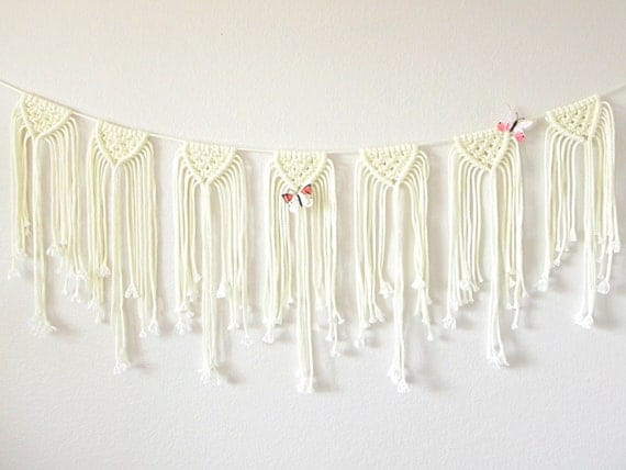 Ivory / Wedding Garland / Macramé Bunting / Bohemian Wedding / Macramé Wall Hanging / Macramé Garland / Boho Wedding Decor / Vintage Wedding