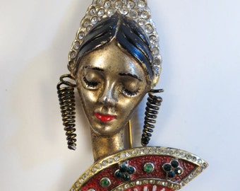 VTG. 1940's Exotic Spanish Lady W/ Red Enamel Fan & Rhinestone Hair Comb Brooch