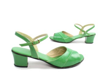 1960s Green Sandals Open Toe Pumps Strappy Short Block Heel Mod Vintage 60s Womens Shoes 7 7.5 Citations