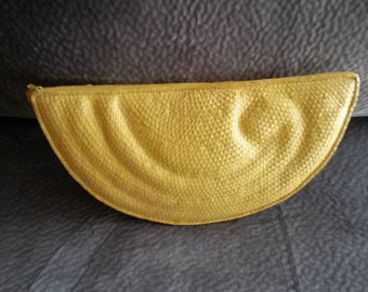 FREE SHIPPING  Vintage Yellow Straw Clutch