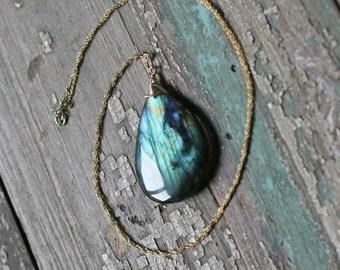Raindrop Labradorite Necklace on Gold