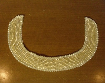 Vintae 1950's/1960's  Faux Pearl Collar