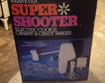 Vintage Wear Ever Super Shooter Electric Candy Cookie Pasta No 70001 Unused in Original Box