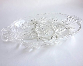 """Vintage 1960s Anchor Hocking """"Prescut """" Clear Glass  2- Part Relish Dish"""
