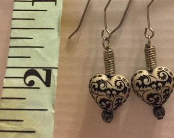 Heart earrings.... free shipping