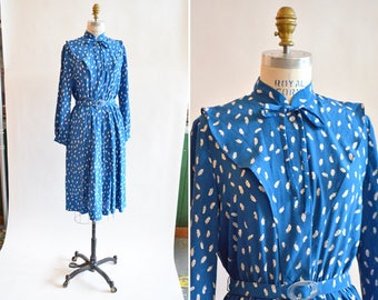 Vintage 1970s silk FEATHER print dress