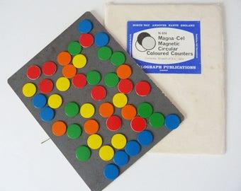 Vintage magnetic dots