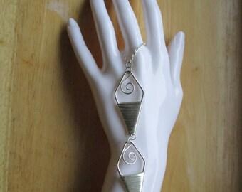 Wire Wrapped Diamond Shaped Hand Jewelry