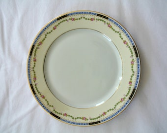 Dinner Plate-Heinrich & Company-Selb, Bavaria-Art Deco-Bone China-This listing is for ONE (1) Dinner Plate-Option to purchase ELEVEN (11)