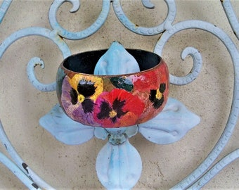 SALE :  35.00 to 25.00 Pansy bangle floral bracelet, boho bangle, bohemian, gypsy, pansy flowers, English garden, gift for mom, gift for her