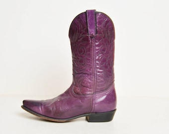 Vintage 70s Distressed Leather COWBOY BOOTS / 1970s Purple Leather Boots
