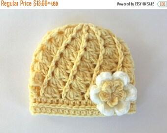 SALE 30% ON SALE Baby Girl Hat _ Crochet Baby Girl Beanie _ NewBorn Baby Girl Hospital Hat _ Photo Props Baby Hat _ Baby Girl Beanie