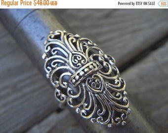 ON SALE Large filagree ring in sterling silver