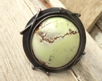 Large Round Lemon Chrysoprase Rustic Copper Ring