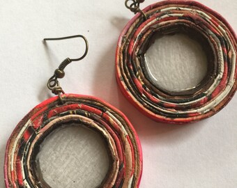 n. 66 RED & BROWNS open coil with resin recycled paper pierced earrings measure 1.5""