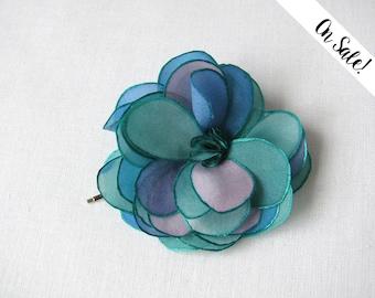 Azure, blue and green tones silk rose - bobby pin - bridal hair pin - wedding hair flower - ***Item on sale*** Previous price : 13.50 EUR