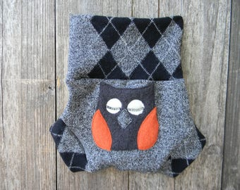 Upcycled Merino Wool Soaker Cover Diaper Cover With Added Doubler Salt & Pepper Gray/Black Argyle With Owl Applique MEDIUM 6-12M Kidsgogreen