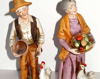 Figurines Country Man with Duck and Woman with Chicken Porcelain Set of Two Home and Garden Collectibles Figurines