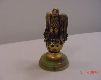 Vintage American Bald Eagle On Marble Base Paperweight  17 - 420