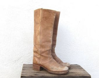 15% Off Out of Town Sale 70s Vintage FRYE Distressed Tan Leather Campus Cowboy Riding Bohemian Hippie Boots ladies Size 7.5
