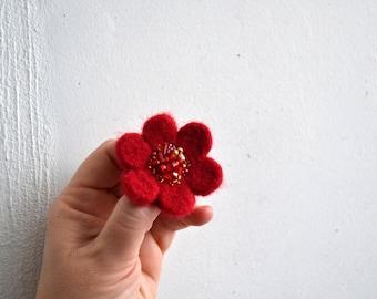 Little Needle Felted Brooch Deep Red Wool Felt Flower,Small Felt Flower Pin,Little Brooch,Felted Flower,Corsage Brooch,Woolen Brooch