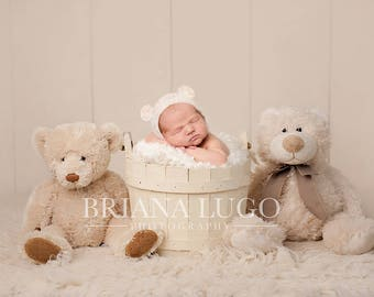 Digital newborn bears prop