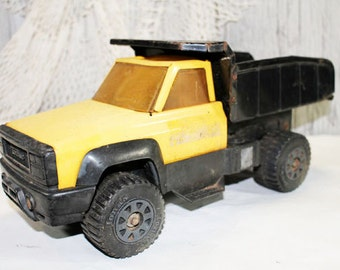 Old TONKA Truck, Yellow Tonka Truck, vintage Toy, Black and Yellow Tonka Truck
