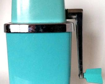 Swing-A-Way Ice Crusher Vintage 1960's Turquoise
