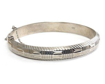 Sterling Silver Woven Squares Pattern Hinged Bangle Bracelet - IBB Jewelers