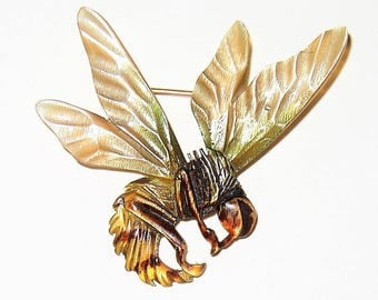 Vintage Natural Horn Bee Insect Brooch