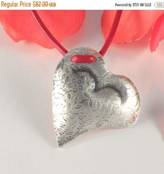 Silver Heart Necklace, Floral Heart Sterling Silver Necklace Romantic Gift for Girlfriend, Heart Jewelry, Floral Heart Pendant