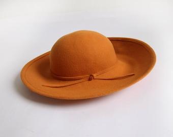 VINTAGE Wide Brim Hat Wool Felt 1980s Womens