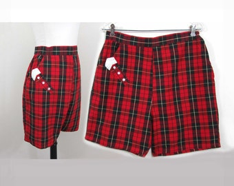 Vintage Plaid Shorts by Truly Regal - Red & black tartan plaid  - high waisted - 50s-60s - M-L