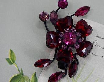 SCHREINER Red & Deep Pink Heart Stone Flower Brooch    OAK3