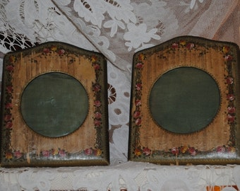 Antique French pair of PHOTOFRAMES ROSES GARLANDS Paris Apartment Romantic Chic