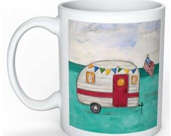 Camper Mug - Camping Coffee Mug - I love Camping Mug - Happy Camper - Travel Trailer Decor