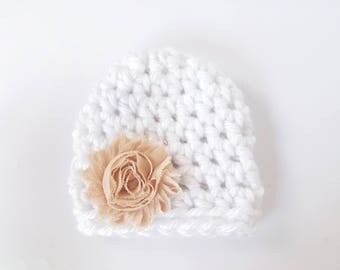 Baby Girl Hat / Newborn Girl Beanie / Crochet Baby Hat / Newborn Girl Hat / Baby Shower Gift Girl / Infant Girl Hat / Baby Girl Beanie